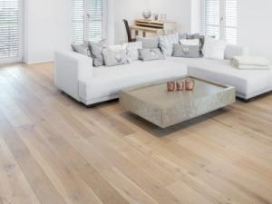 Dennebos G.06 houten vloer
